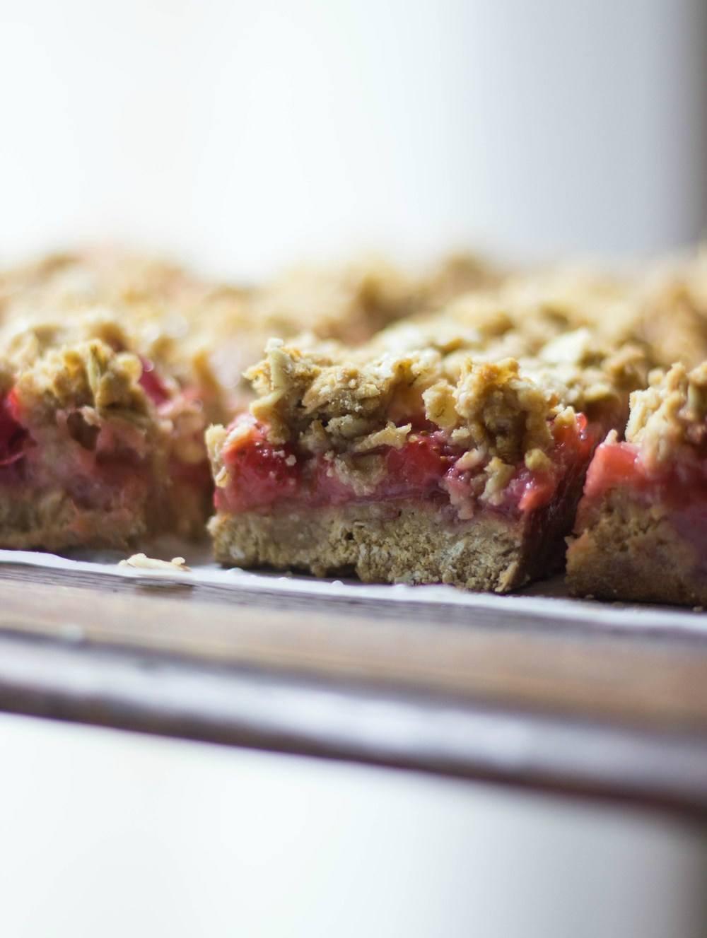 Strawberry Rhubarb Crisp Bars Recipe | HeyFood — heyfoodapp.com