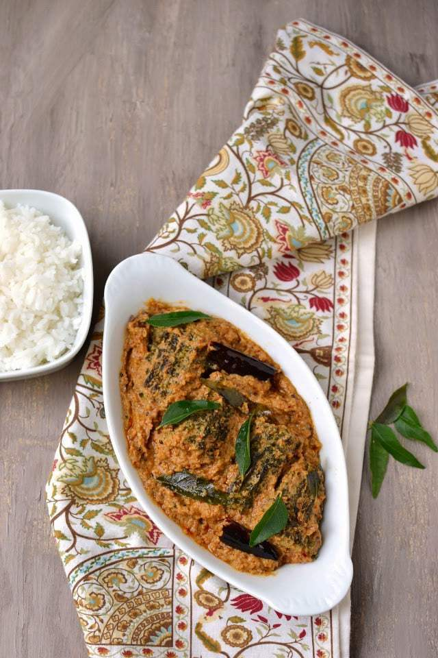 Stuffed Karela/ Bittergourd Curry with Garlic (Kakarakaya Vellullikaram) Recipe   HeyFood — heyfoodapp.com