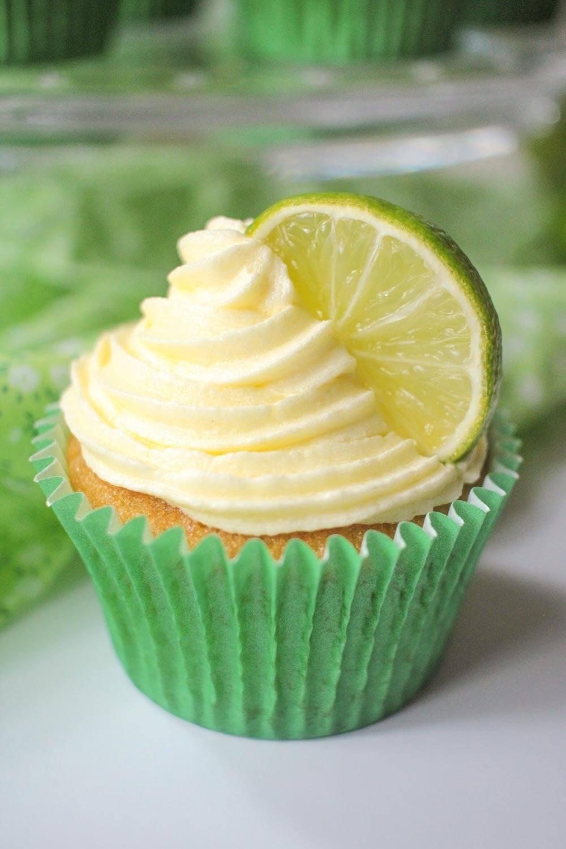 Gin and Tonic Cupcakes Recipe   HeyFood — heyfoodapp.com
