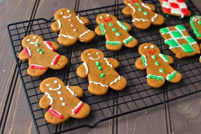 Vegan Gingerbread Cookies Recipe   HeyFood — heyfoodapp.com