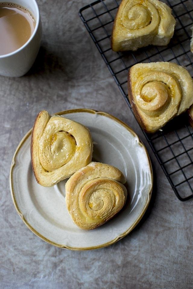 Apricot Sweet Rolls Recipe | HeyFood — heyfoodapp.com