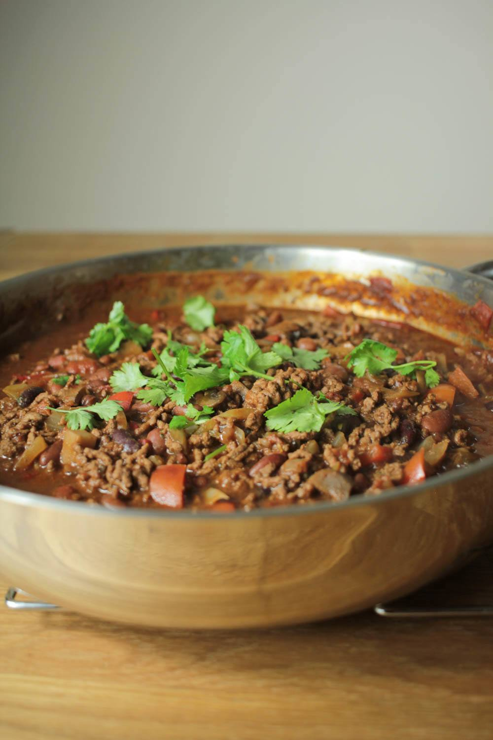 Chocolate Chilli Con Carne Recipe | HeyFood — heyfoodapp.com