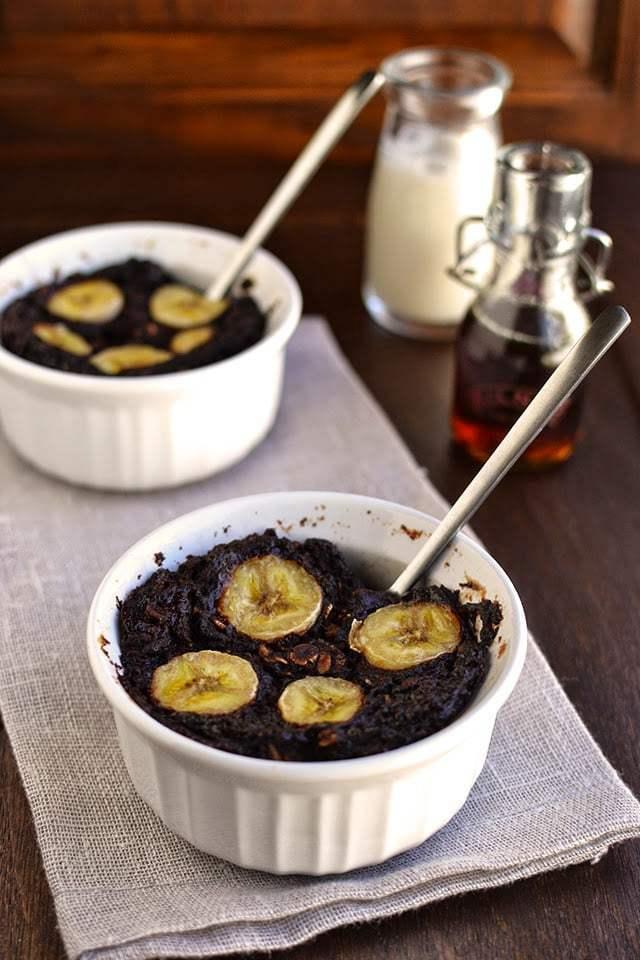Baked Chocolate Oatmeal with Bananas Recipe | HeyFood — heyfoodapp.com