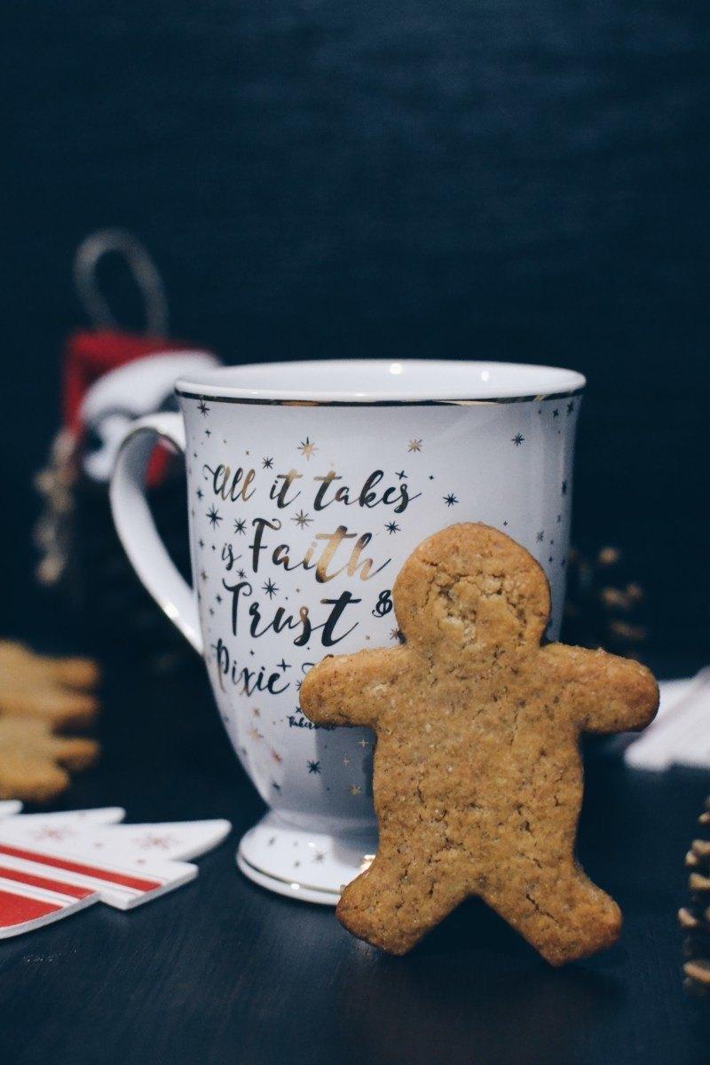 Classic gingerbread cookies Recipe | HeyFood — heyfoodapp.com