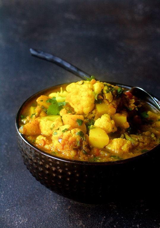 Cauliflower Red Lentil and Potato Curry Recipe | HeyFood — heyfoodapp.com