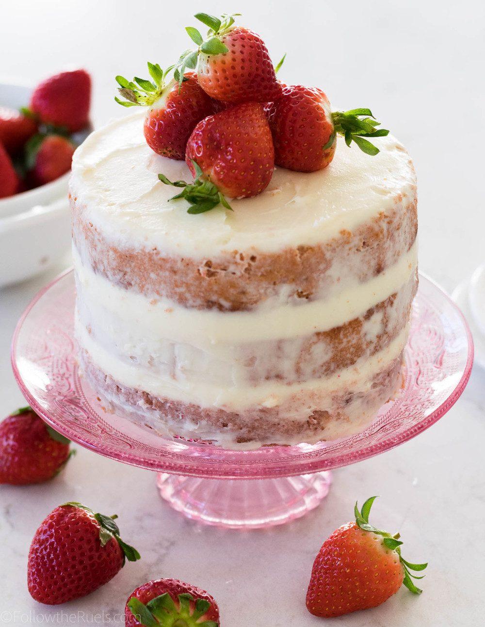 Classic Strawberry Cake Recipe | HeyFood — heyfoodapp.com