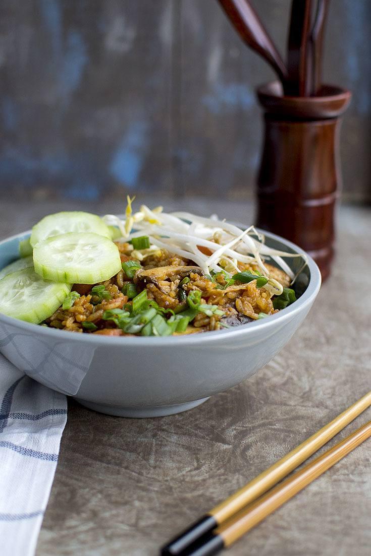 Vegan Bibimbap Fried Rice Recipe | HeyFood — heyfoodapp.com