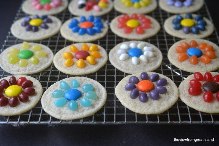 Easy Jelly Bean Flower Cookies Recipe   HeyFood — heyfoodapp.com