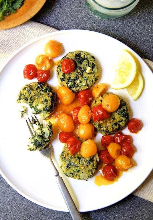 Spinach Feta Quinoa Cakes with Roasted Cherry Tomato Sauce Recipe | HeyFood — heyfoodapp.com