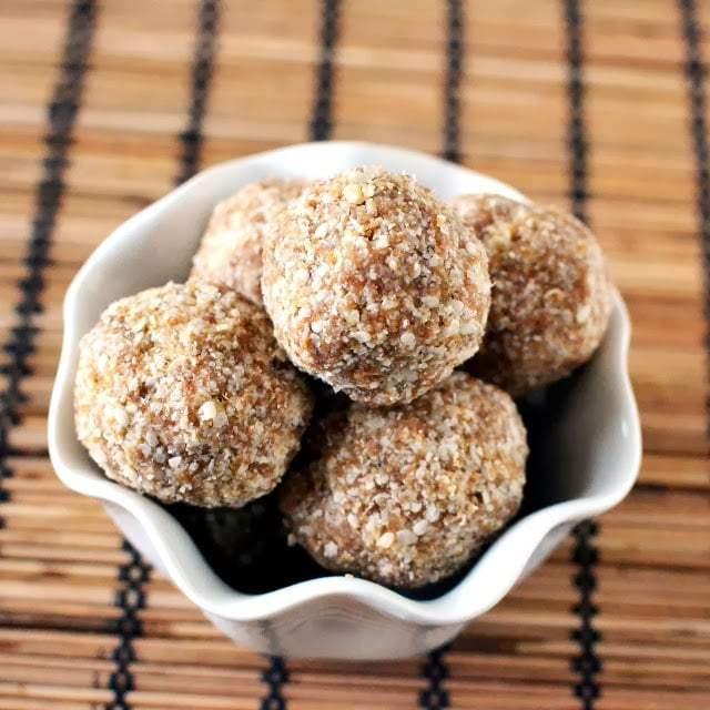 Chimmiri Undalu (Sesame-Jaggery Balls) Recipe | HeyFood — heyfoodapp.com