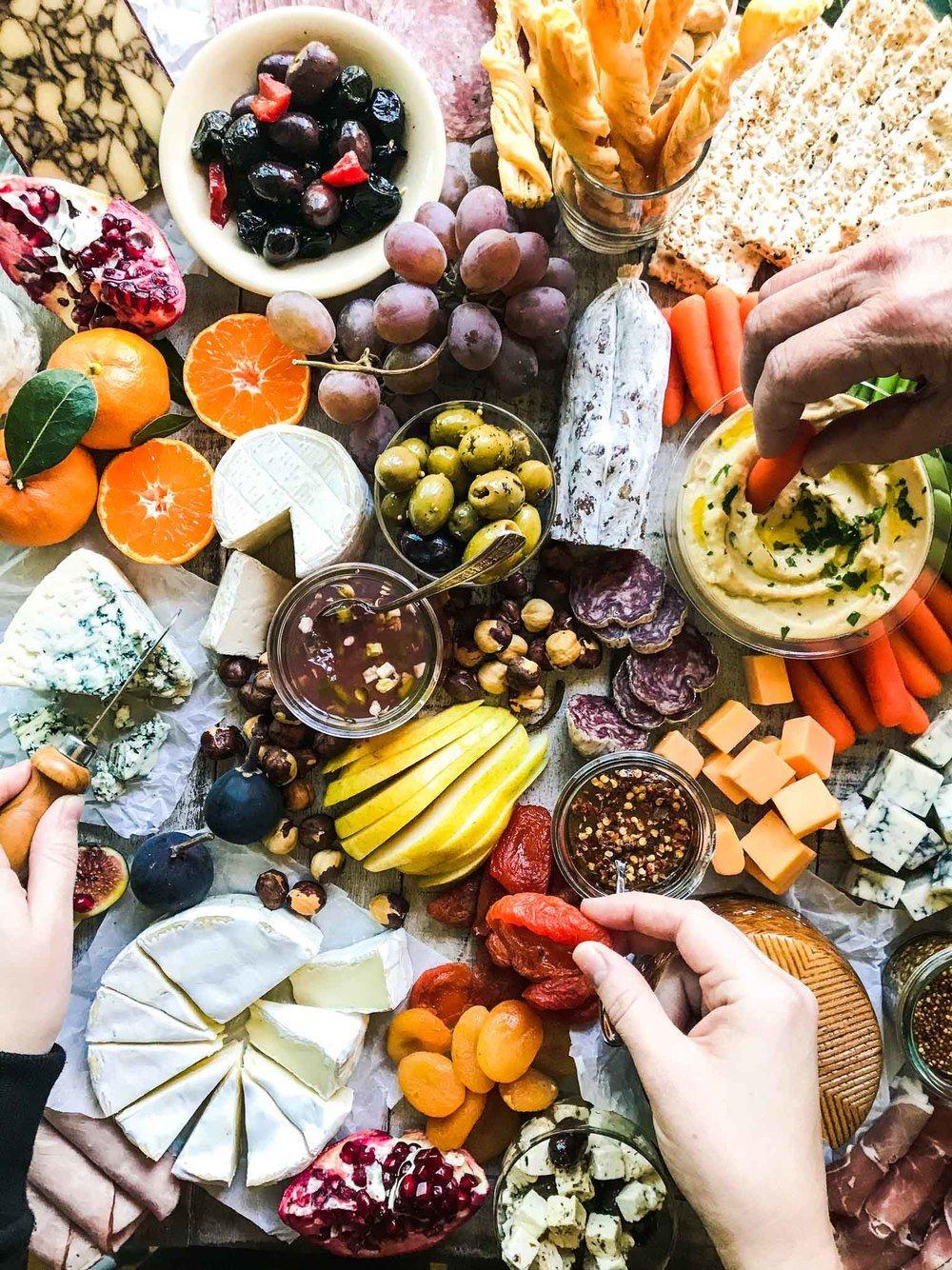How to Make the Perfect Holiday Cheese Board Recipe   HeyFood — heyfoodapp.com