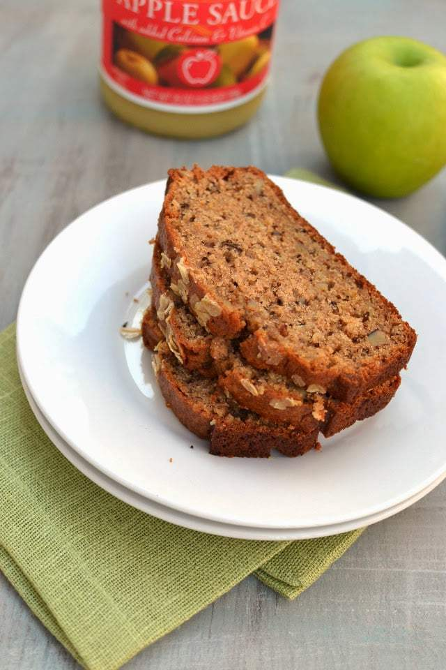 Applesauce Oatmeal Bread Recipe | HeyFood — heyfoodapp.com