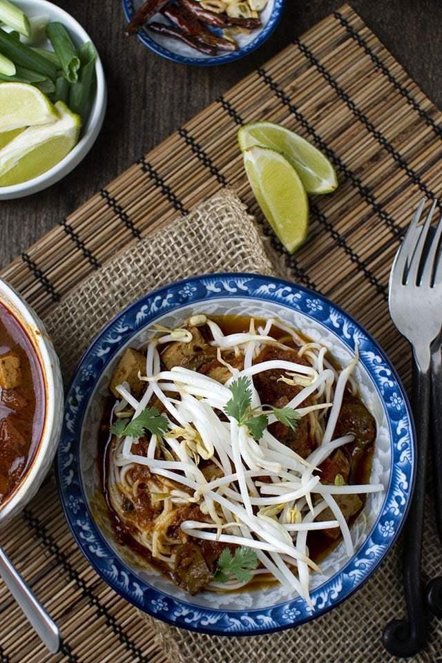 Thai Curried Noodles Recipe | HeyFood — heyfoodapp.com