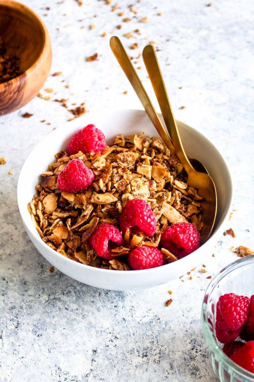 Paleo Coconut Almond Granola Recipe | HeyFood — heyfoodapp.com