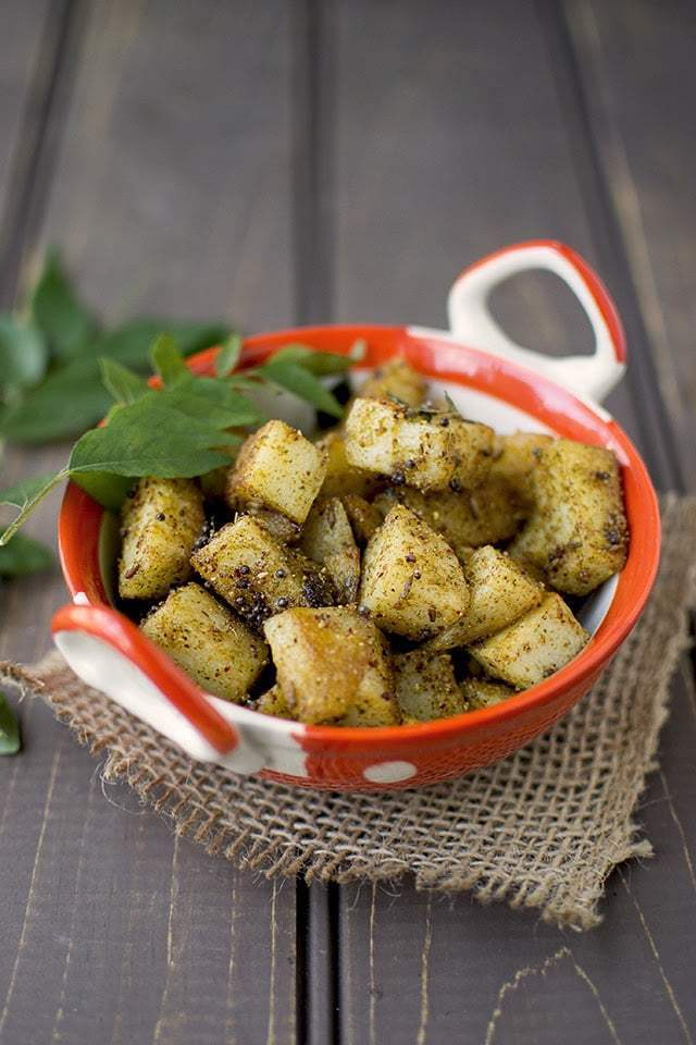 Potato Curry leaf Curry Recipe | HeyFood — heyfoodapp.com