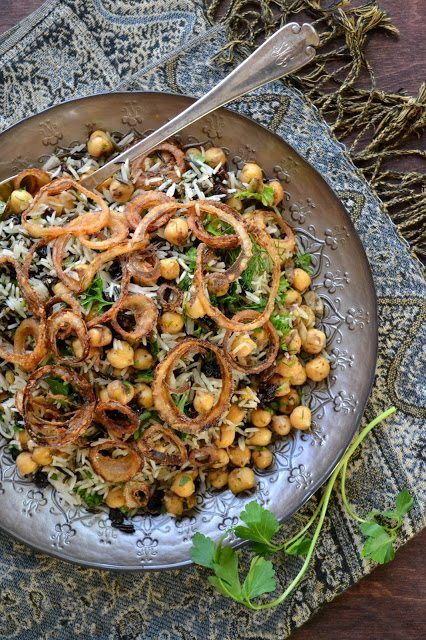Basmati and Wild Rice with Chickpeas, Currents and Herbs (vegan and gluten free) Recipe | HeyFood — heyfoodapp.com