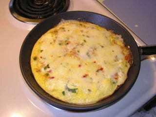Spicy Vegetable Omelet Recipe | HeyFood — heyfoodapp.com