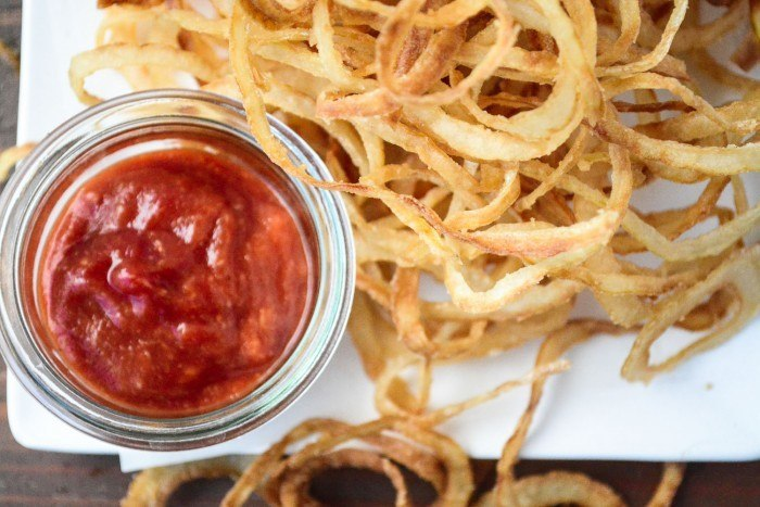 Vidalia Onion Strings with Horseradish Ketchup Recipe | HeyFood — heyfoodapp.com