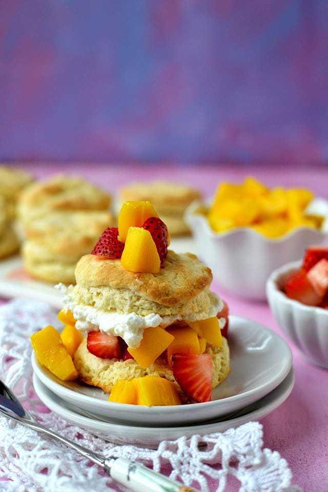 Shortcakes with Strawberry & Mango Recipe | HeyFood — heyfoodapp.com