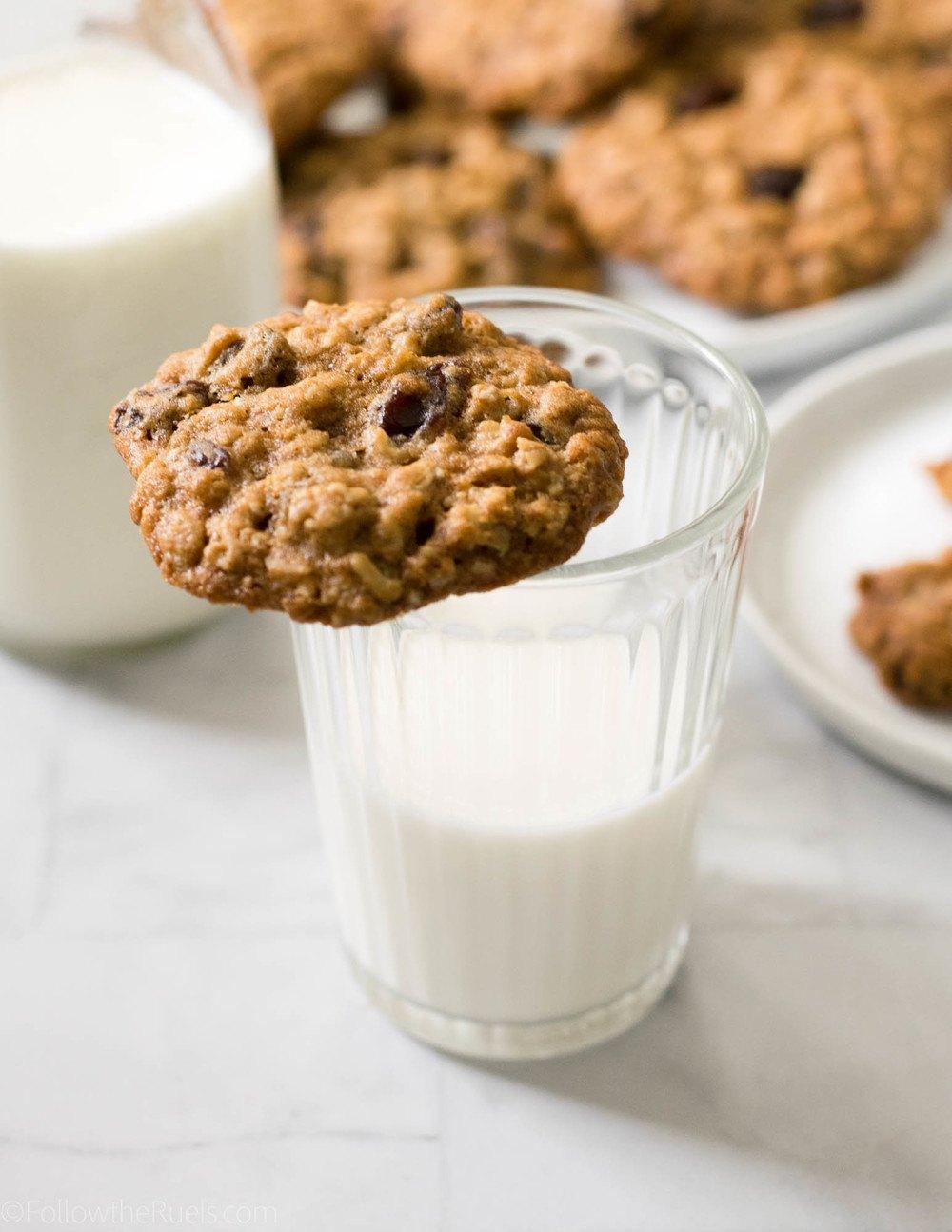 The Best Oatmeal Raisin Cookies Recipe | HeyFood — heyfoodapp.com