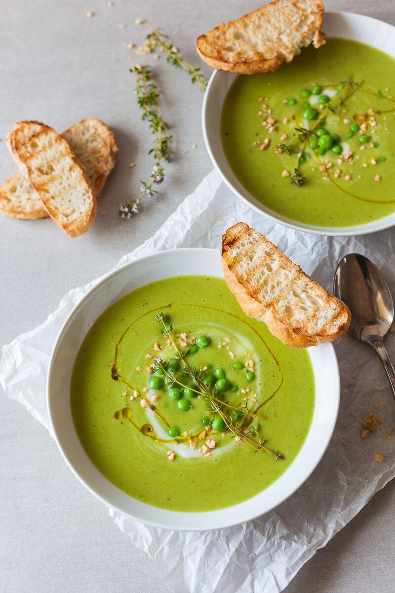 5-ingredient Green Vegan Pea Soup Recipe | HeyFood — heyfoodapp.com