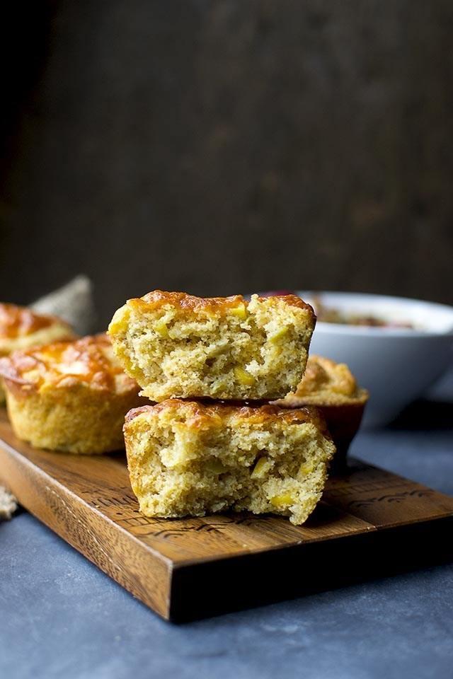 Cornbread Muffins with Chili and Cheese Recipe | HeyFood — heyfoodapp.com