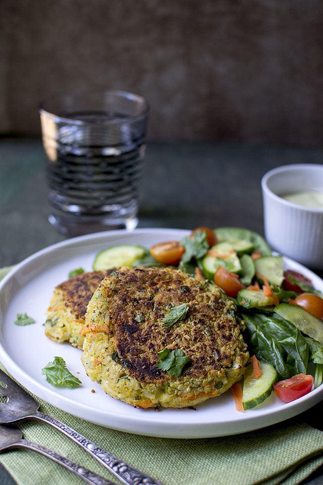 Curry Chickpea Burger Recipe (Vegetarian) Recipe | HeyFood — heyfoodapp.com