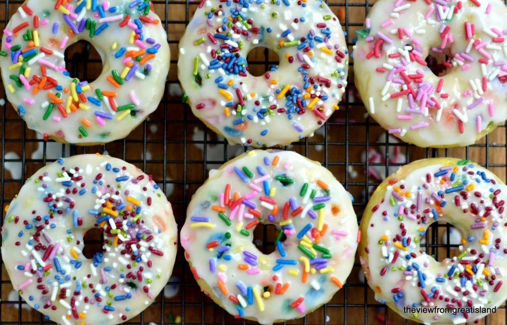 Birthday Cake Doughnuts Recipe | HeyFood — heyfoodapp.com