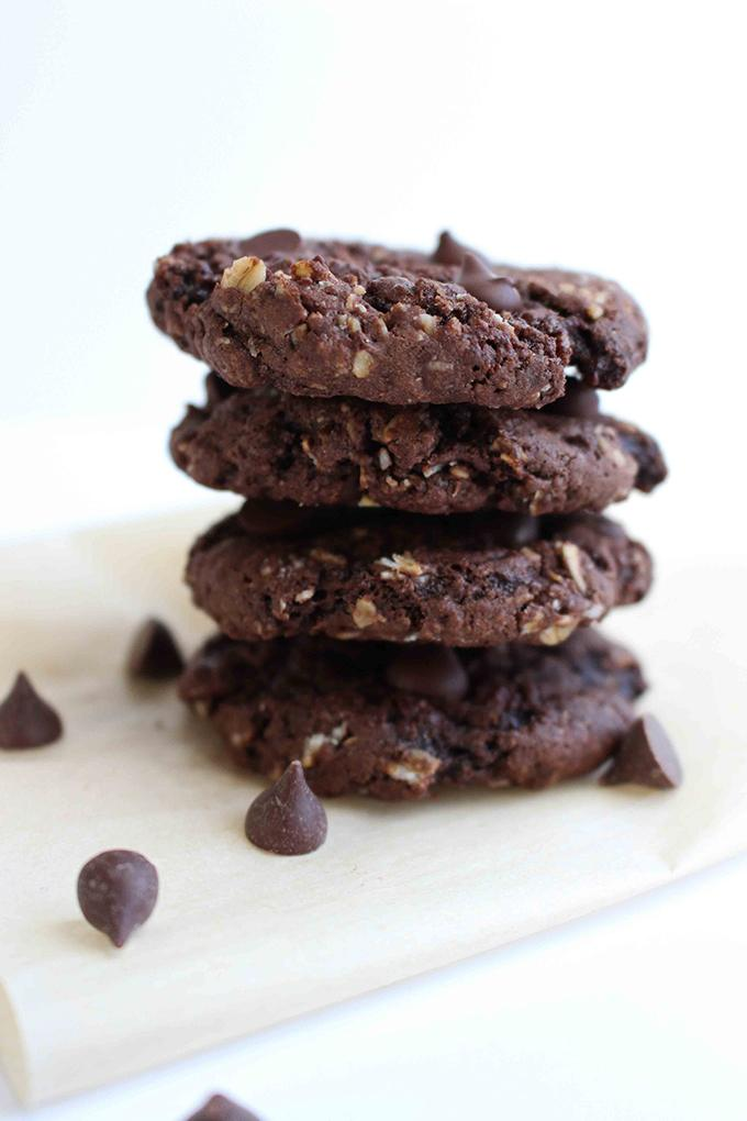 Vegan Double Chocolate Oatmeal Cookies Recipe | HeyFood — heyfoodapp.com