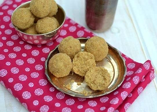 Churme Ka Laddu Recipe | HeyFood — heyfoodapp.com