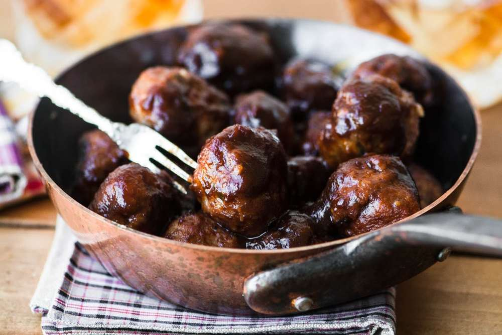 Apple Butter Brandy Meatballs Recipe | HeyFood — heyfoodapp.com