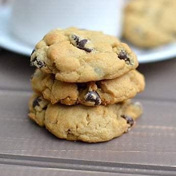 Vegan Chocolate Chip Cookies Recipe | HeyFood — heyfoodapp.com