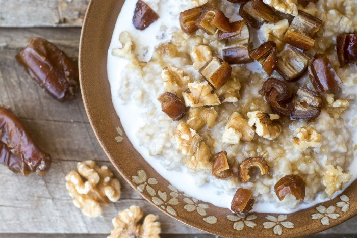 Date Nut Overnight Oats Recipe | HeyFood — heyfoodapp.com