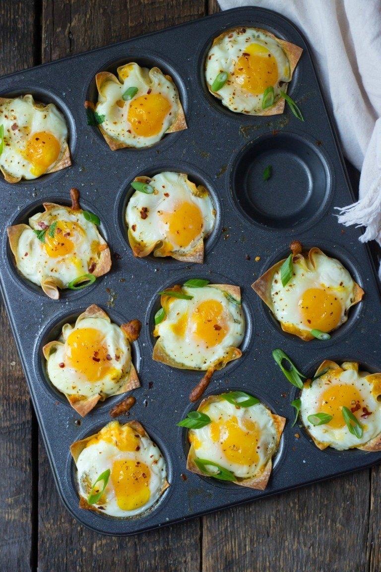 Cheesy Wonton Breakfast Cups Recipe | HeyFood — heyfoodapp.com