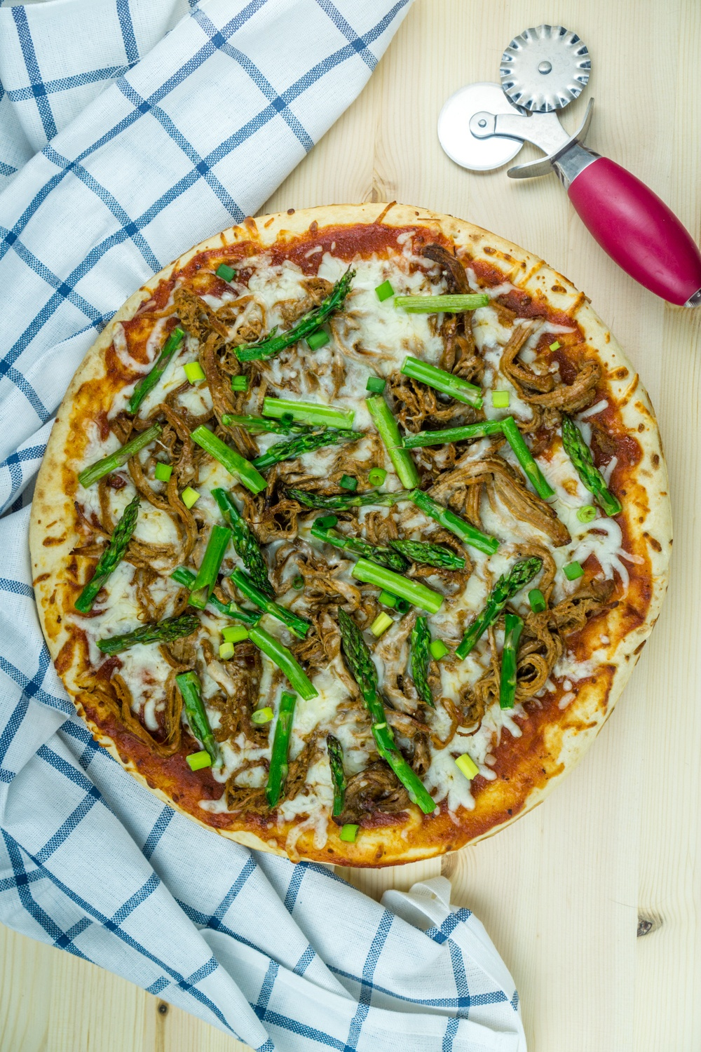 BBQ Pulled Pork Pizza with Asparagus Recipe | HeyFood — heyfoodapp.com