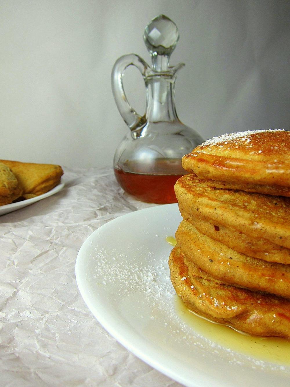 Spiced Pumpkin Pancakes Recipe | HeyFood — heyfoodapp.com
