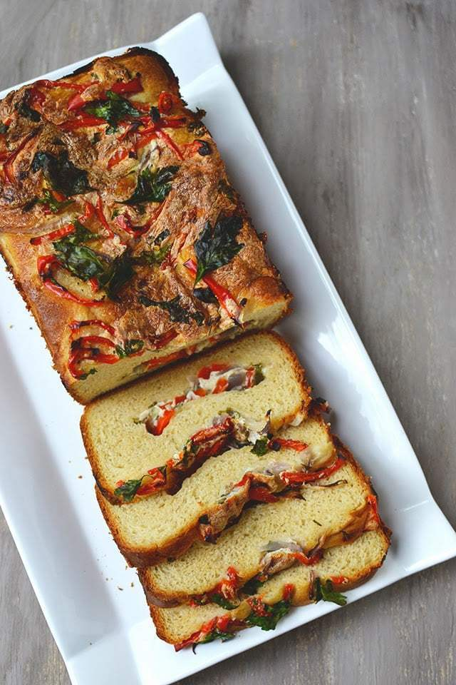 Korean Onion Bread (Yang PaBbang) Recipe | HeyFood — heyfoodapp.com