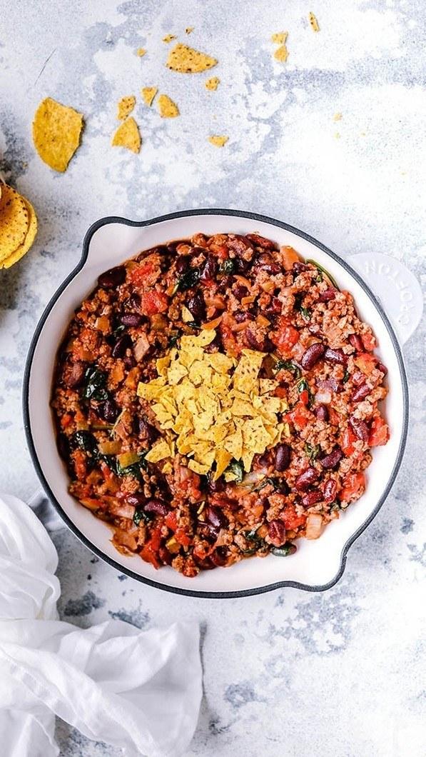 Quick and Easy Weeknight Chilli Recipe Recipe | HeyFood — heyfoodapp.com