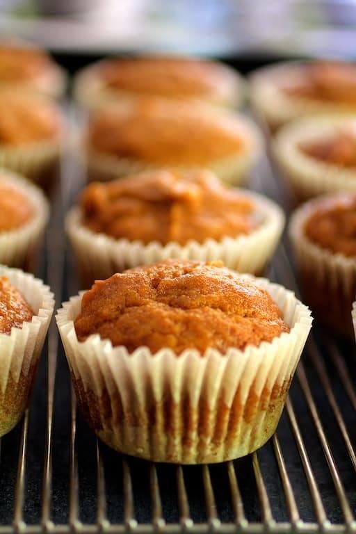 Simply Pumpkin Muffins Recipe   HeyFood — heyfoodapp.com