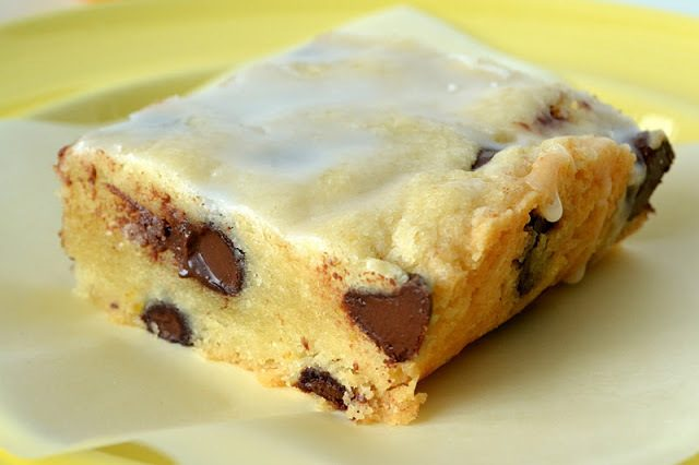 Meyer Lemon and Dark Chocolate Shortbread Recipe | HeyFood — heyfoodapp.com