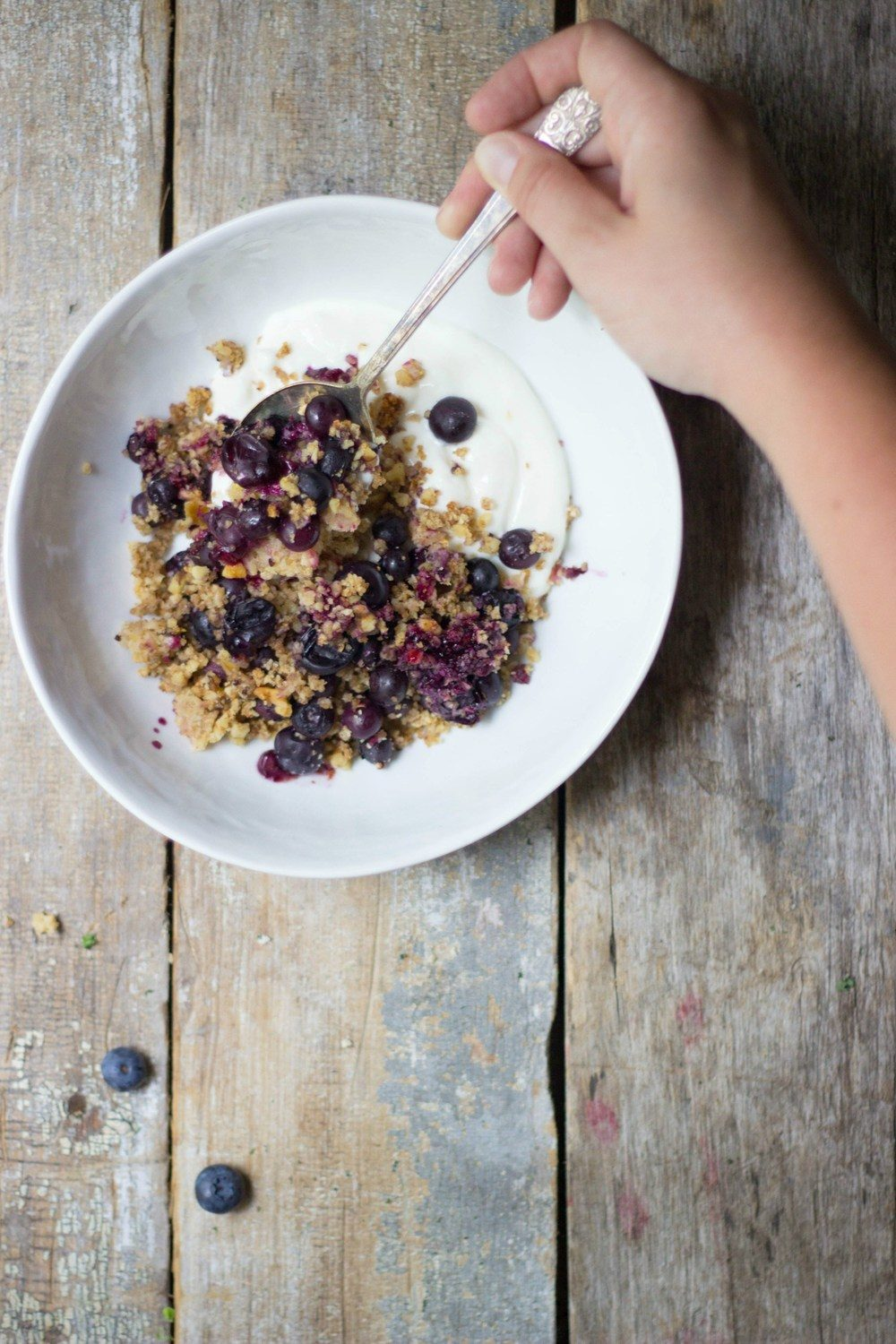 Blueberry Lemon Quinoa Crumble Recipe | HeyFood — heyfoodapp.com