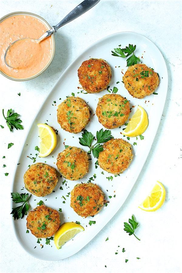 Shrimp Cakes with Roasted Red Bell Pepper Mayonnaise Recipe | HeyFood — heyfoodapp.com