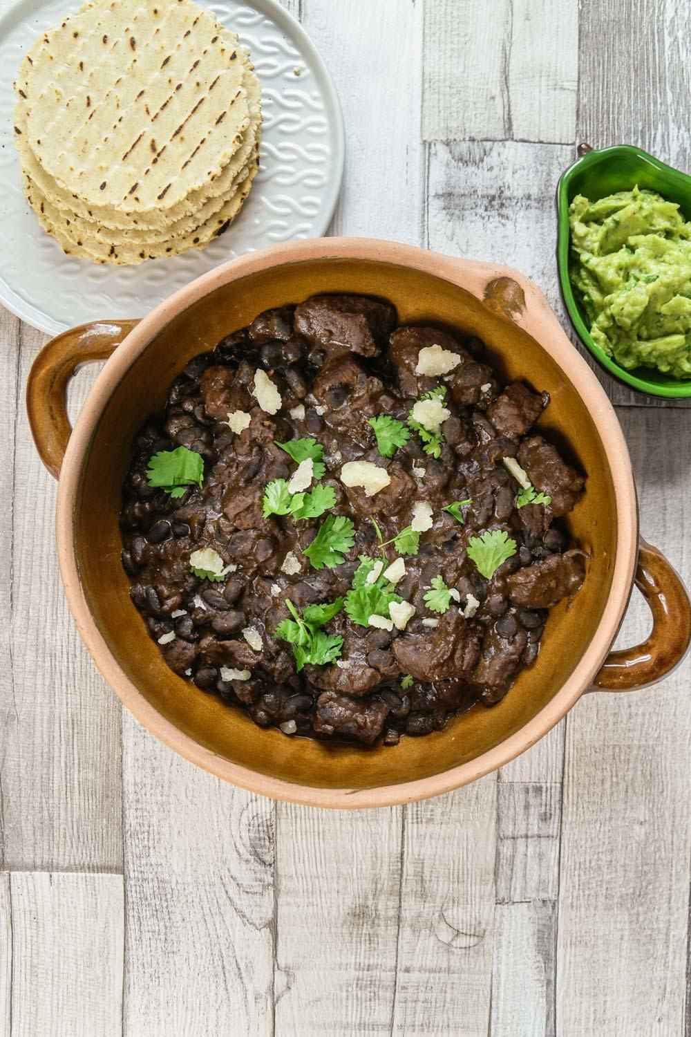 Chunky Beef and Black Bean Chilli Recipe | HeyFood — heyfoodapp.com