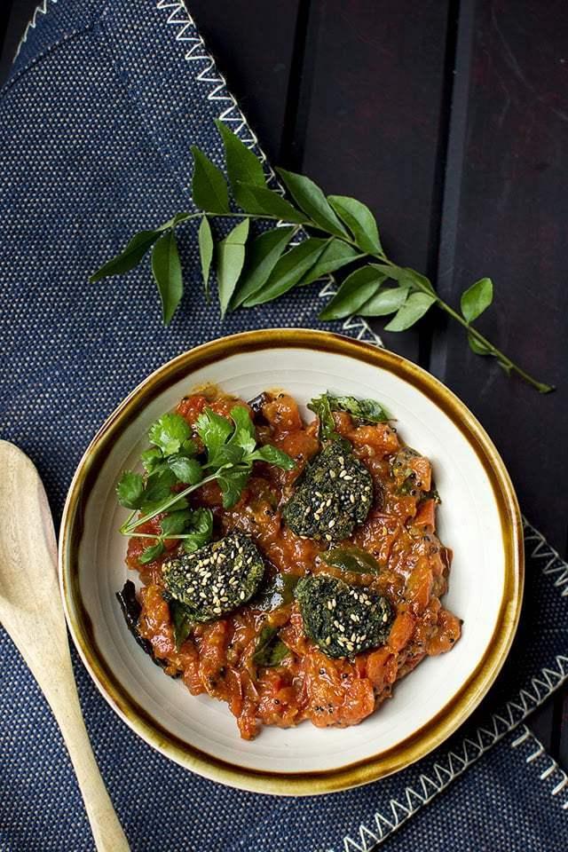 Tameta Muthiya nu Shaak Recipe | HeyFood — heyfoodapp.com