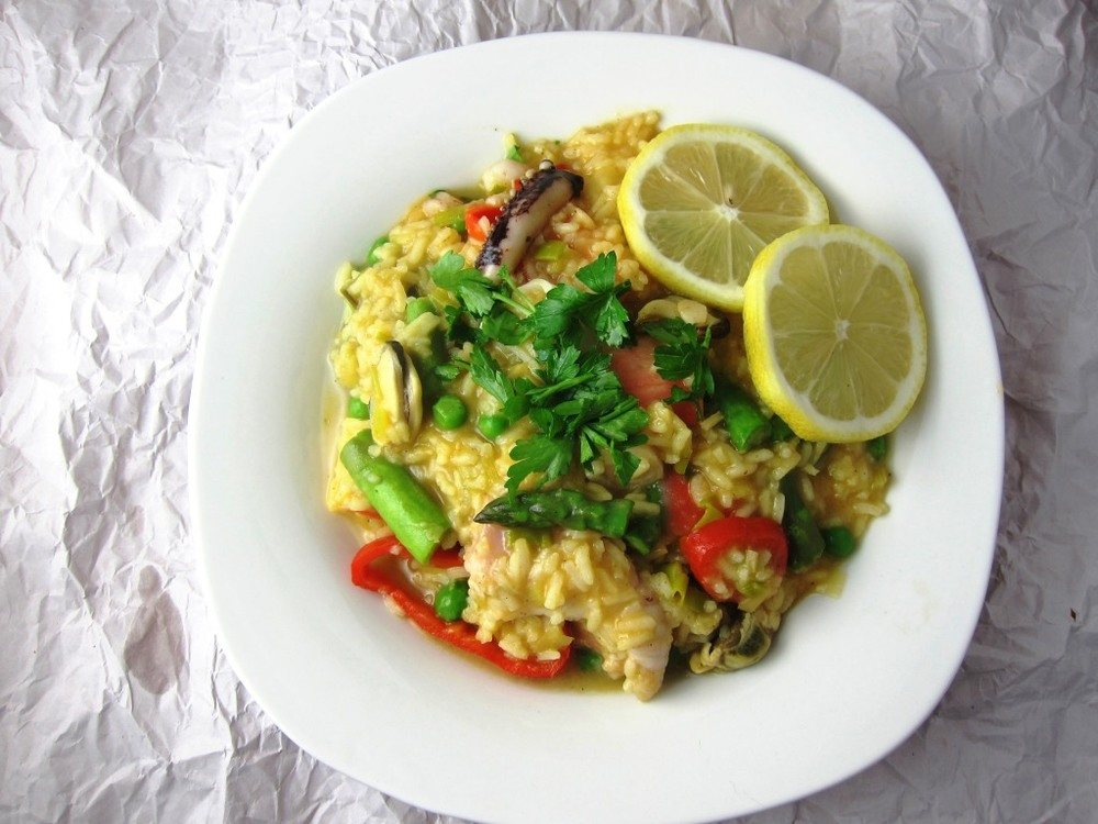Easy Weeknight Seafood and Vegetable Paella Recipe | HeyFood — heyfoodapp.com