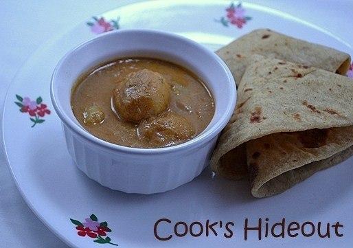 Kashmiri Dum Aloo Recipe | HeyFood — heyfoodapp.com