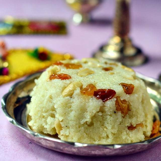 Rava Kesari (Godhuma rawa Kesari) Recipe | HeyFood — heyfoodapp.com