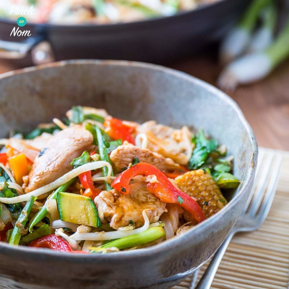 Chicken Pad Thai | Slimming & Weight Watchers Friendly Recipe | HeyFood — heyfoodapp.com