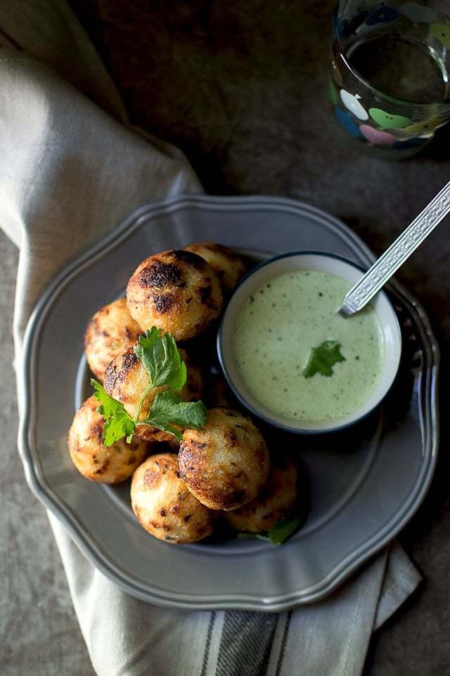 Wheat flour Kuzhi Paniyaram Recipe | HeyFood — heyfoodapp.com