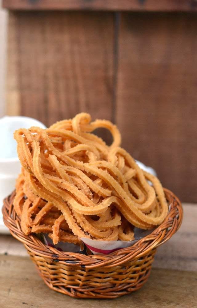 Manapparrai Murukku Recipe | HeyFood — heyfoodapp.com